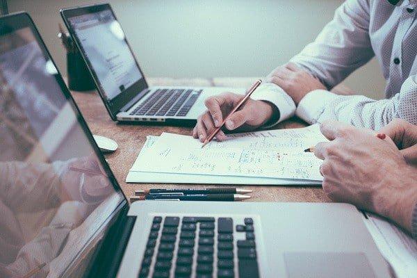 Jak zlecać tworzenie strony internetowej w agencji interaktywnej?