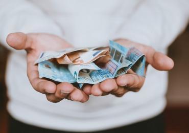 Karty wielowalutowe. Nowa tymczasowa moda czy realne korzyści?